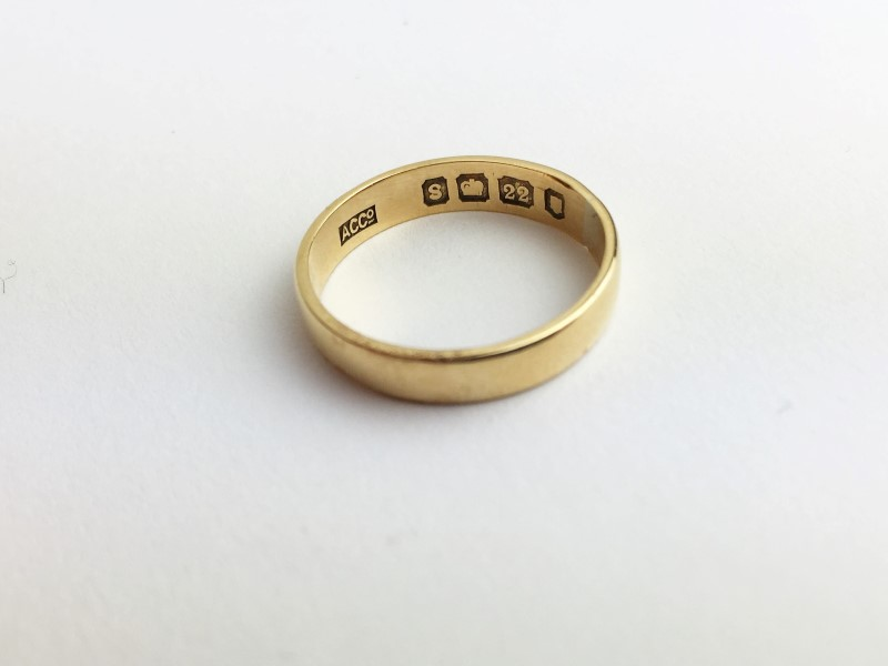 Gold Wedding Band 14kt Yellow Gold 2.1g Size:5.5