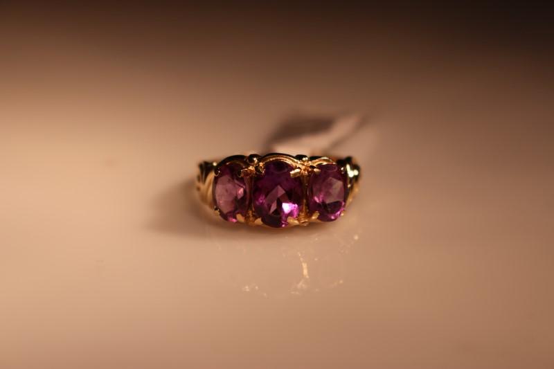 PURPLE STONE Purple Stone Lady's Stone Ring 3_PURPL_STONES 10K Yellow Gold 2.7g