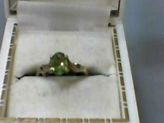 Synthetic Peridot Lady's Stone Ring 10K Yellow Gold 1.3dwt Size:4.5