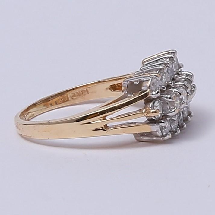 14K Yellow Gold Round Brilliant Diamond Cluster Ring Size 7.25