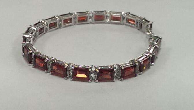 Synthetic Almandite Garnet Silver-Stone Bracelet 925 Silver 14.7g