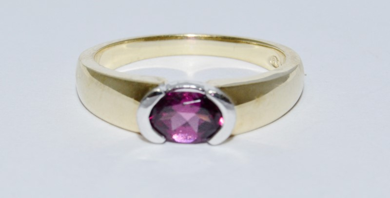 10K Two Tone Yellow & White Gold Half Bezel Set Amethyst Solitaire Ring Band sz8