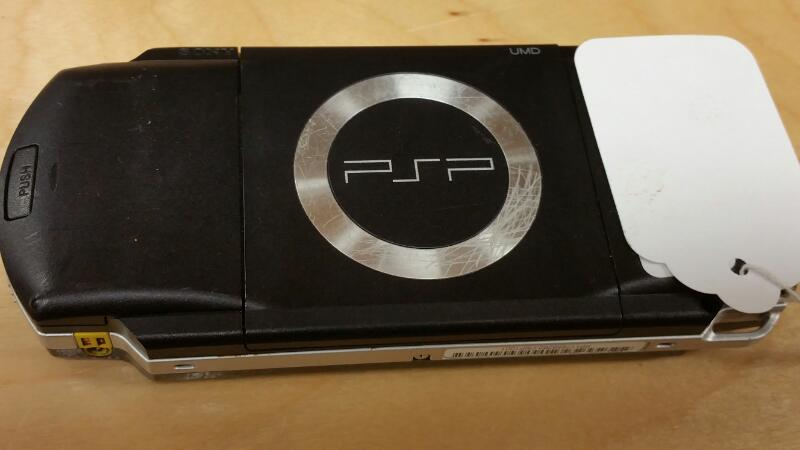 SONY PlayStation Portable PSP 1001 - HAND HELD