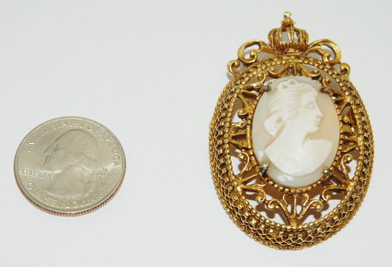 Vintage Signed Florenza Gold-Toned Ornate Filigree Cameo Brooch Pin