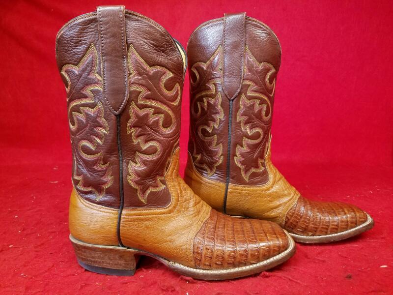 Cowtown Boots Q 1473 Alligator / Caiman / Crocodile Western Boots