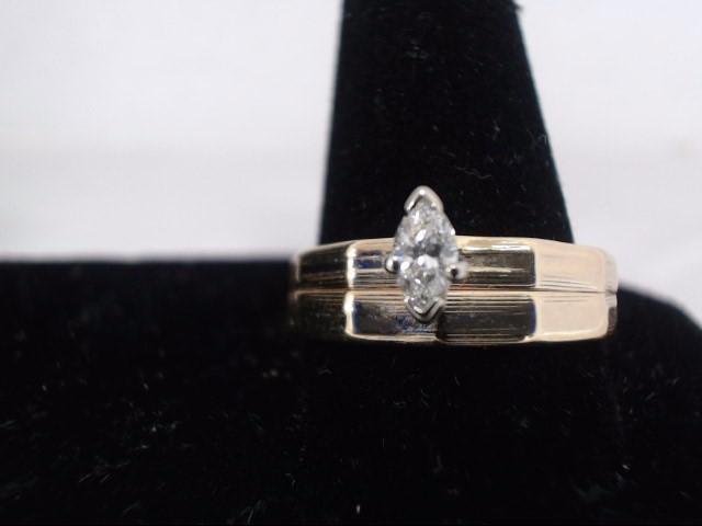 Lady's Diamond Wedding Band .01 CT. 14K Yellow Gold 2.6g