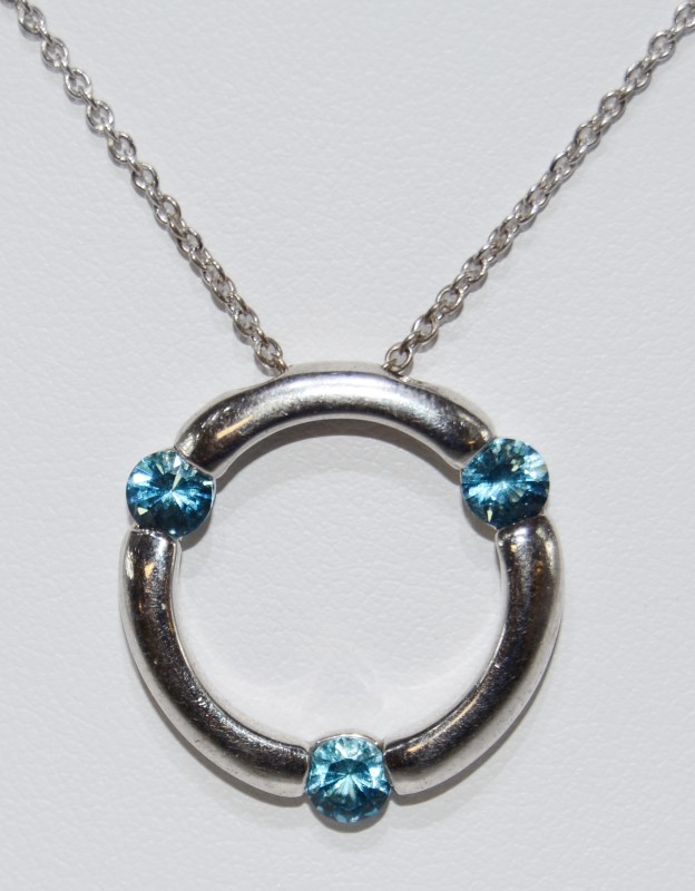 Sterling Silver 3 Blue Stone Circle Pendant on Fine Chain Necklace
