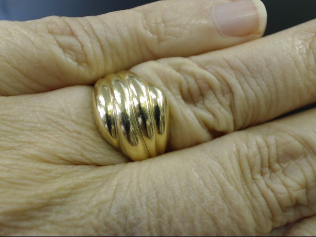 VINTAGE WAVE RIBBED SWIRL DOME RING REAL 14K YELLOW GOLD SIZE 7