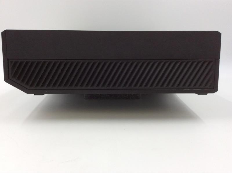 MICROSOFT XBOX ONE 500GB CONSOLE (2014) MODEL 1540 BUNDLE
