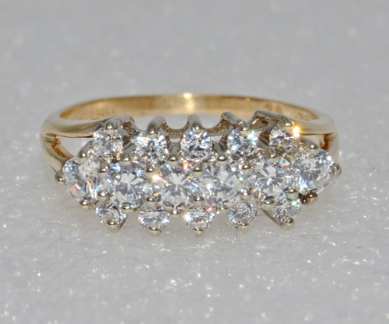 14K Yellow Gold Triple Split Shank Dazzling CZ Row Statement Ring Size 8