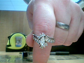 Lady's Diamond Cluster Ring 17 Diamonds 1.25 Carat T.W. 14K White Gold 6g