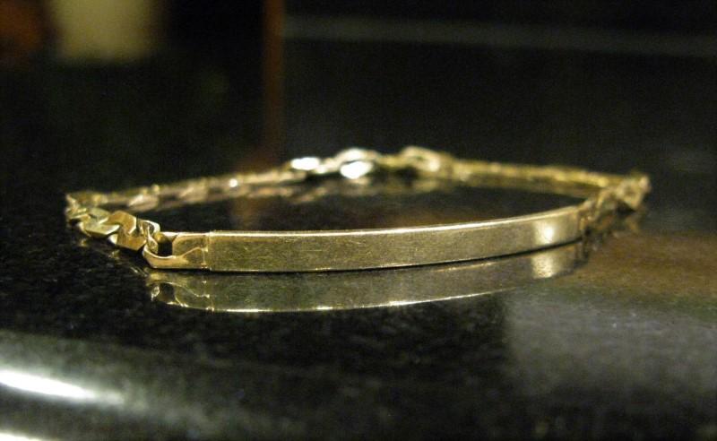 """8"""" Gold Monogram Bracelet 10K Yellow Gold 4dwt"""