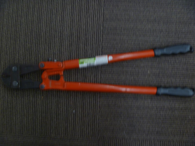 "PITTSBURGH PRO TOOLS Hand Tool 24"" BOLT CUTTERS"