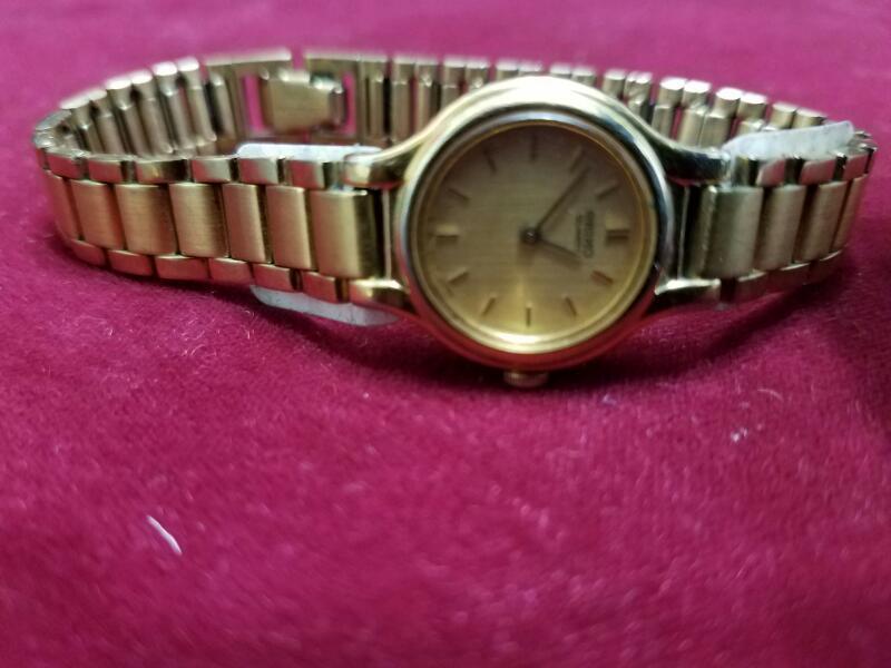 SEIKO Lady's Wristwatch 4N00-0069