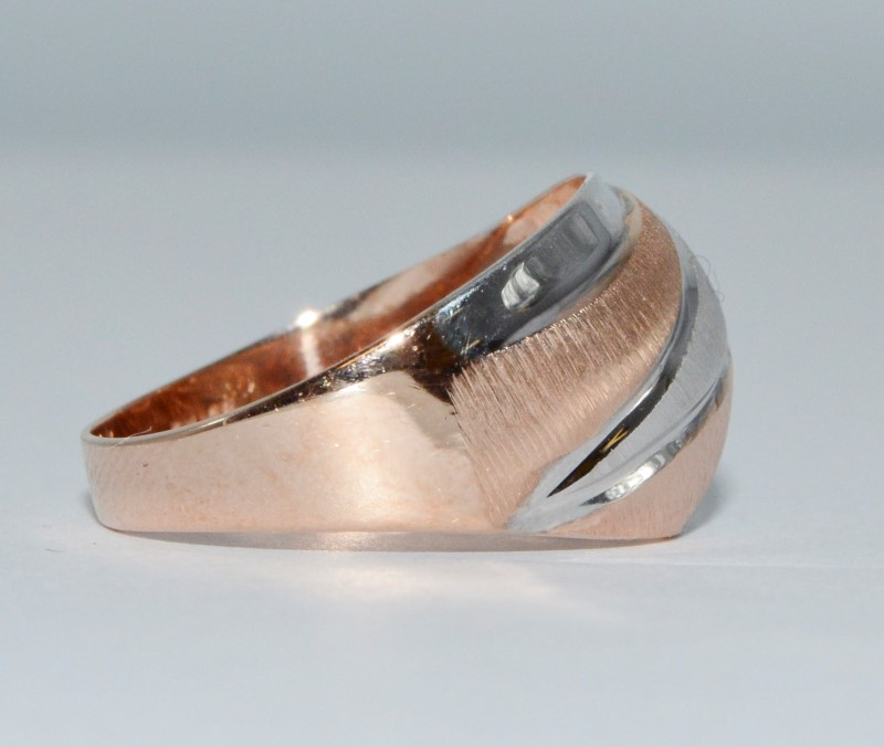 14K Two Tone White & Gold Diamond Cut Funky Dome Ring Size 7