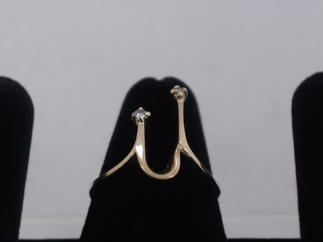 Lady's Gold Ring 14K Yellow Gold 2.4g