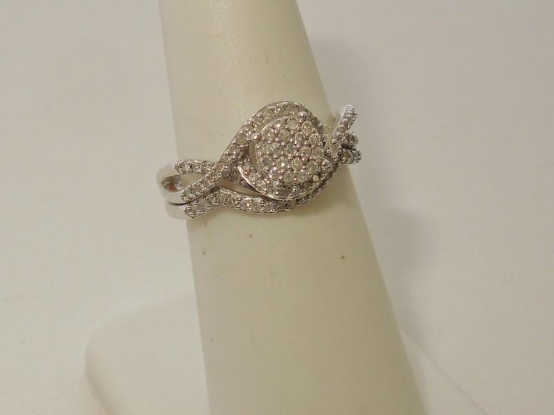 Lady's Silver-Diamond Ring 30 Diamonds .30 Carat T.W. 925 Silver 4.2g