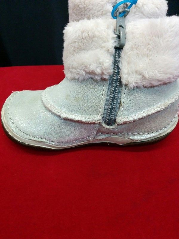 MEDALLION Shoes/Boots SRIDE RITE