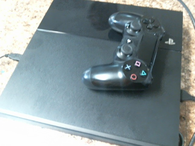 SONY PlayStation 4 PLAYSTATION 4 - SYSTEM - 500GB - CUH-1115A