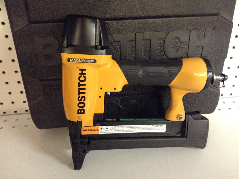 BOSTITCH Nailer/Stapler SX150