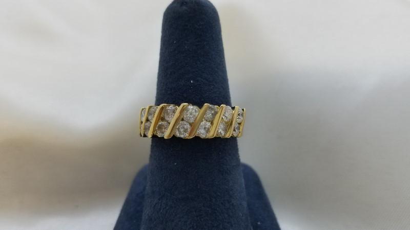 Lady's Diamond Fashion Ring 14 Diamonds 1.40 Carat T.W. 18K Yellow Gold 7.5g