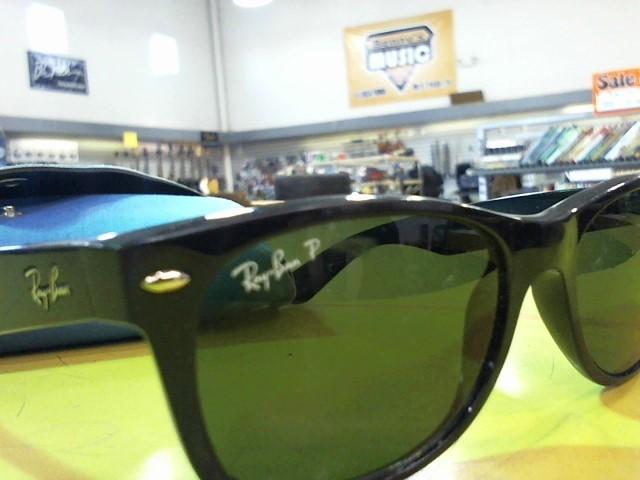 RAY-BAN Sunglasses RB2132 NEW WAYFARER SUNGLASSES