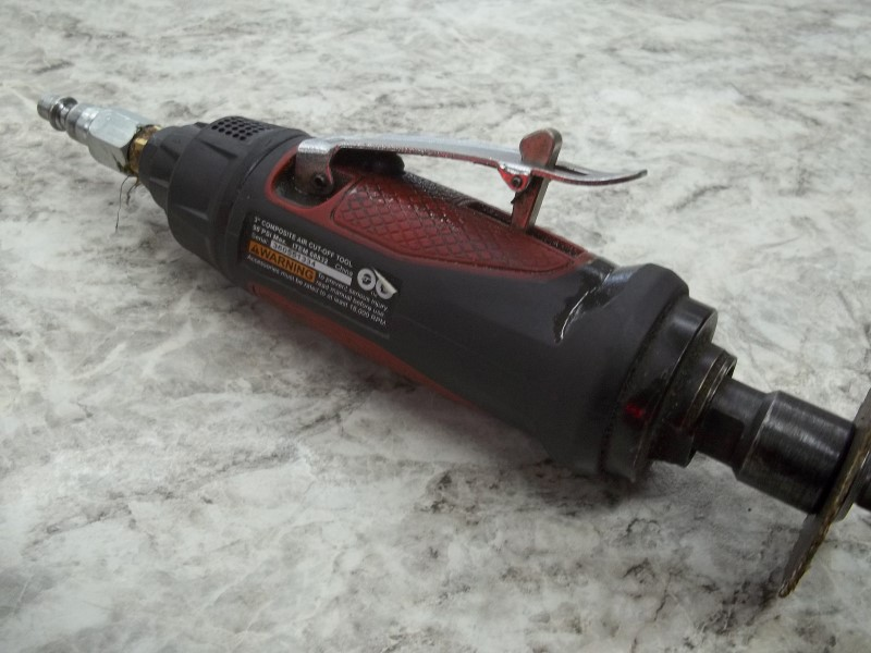 CENTRAL PNEUMATIC CUT OFF TOOL