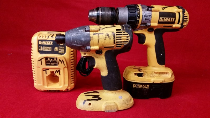 Dewalt 18v Cordless Hammer Drill & Impact Drill - 1 Battery & Charger
