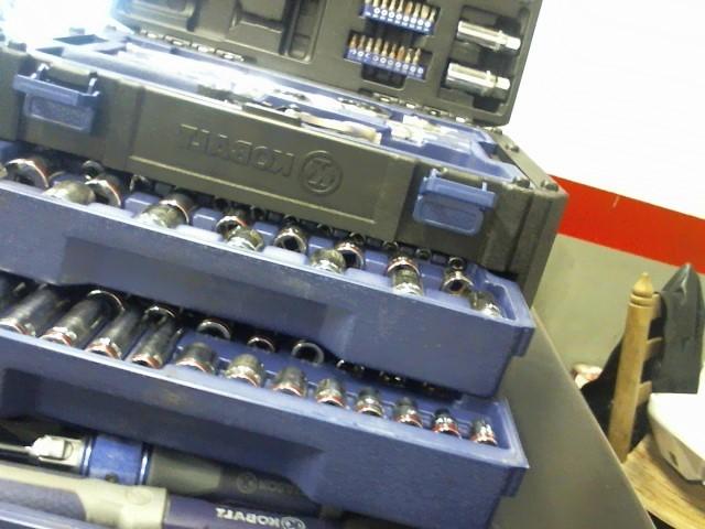 KOBALT TOOLS Combination Tool Set 227PC