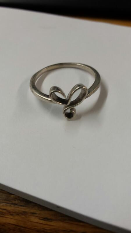 Lady's Silver twisted heart Ring 925 Silver