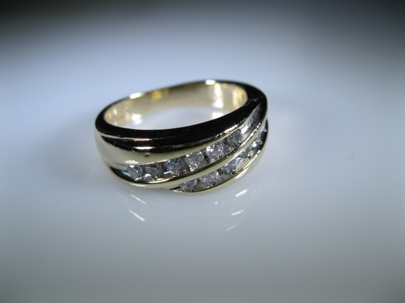 Gent's Diamond Cluster Ring 12 Diamonds .12 Carat T.W. 14K Yellow Gold 7.6g