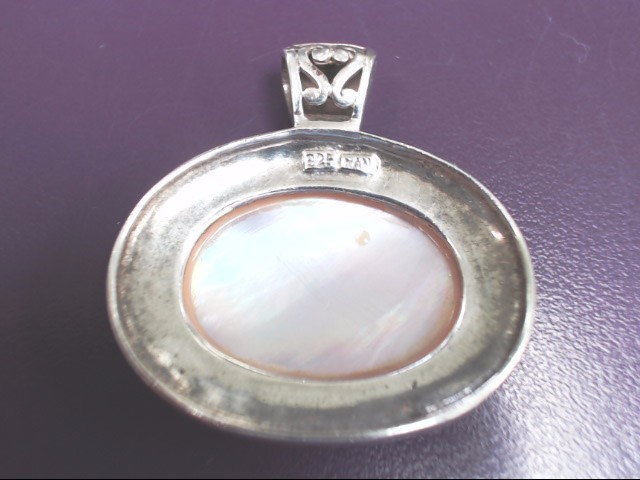 MOTHER OF PEARL 925 PENDANT SLIDE