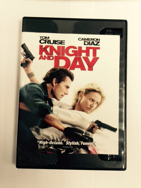 KNIGHT AND DAY ACTION BLU-RAY MOVIE STARRING TOM CRUZ, GOOD CONDITION (2010)