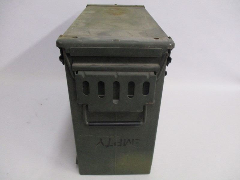 LARGE AMMO CAN 20MM USED