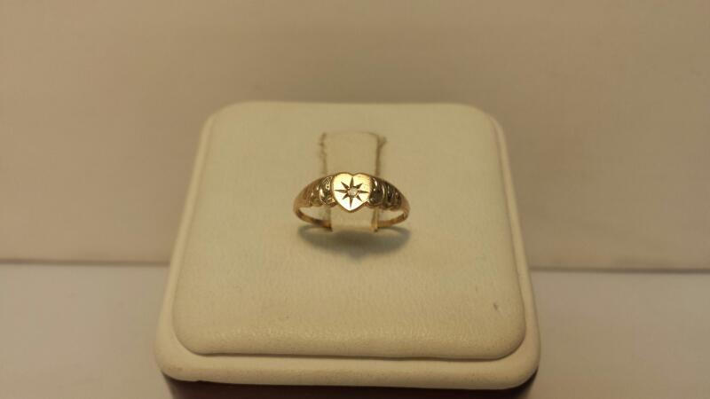 10k Yellow Gold Ring with 1 Diamond at .01ctw - .4dwt - Size 3