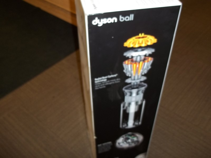 DYSON VACUUM CLEANER UP13