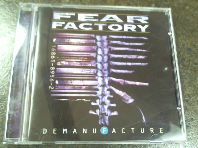 FEAR FACTORY: DEMANUFACTURE!
