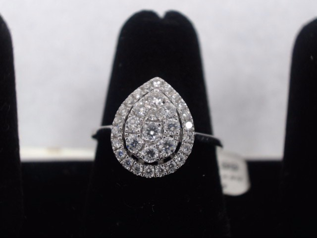 Lady's Diamond Cluster Ring 34 Diamonds .50 Carat T.W. 14K White Gold 2.9g