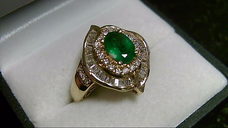 Emerald Brilliant Round and Baggette Cut Effy Collection Yellow Gold Ring