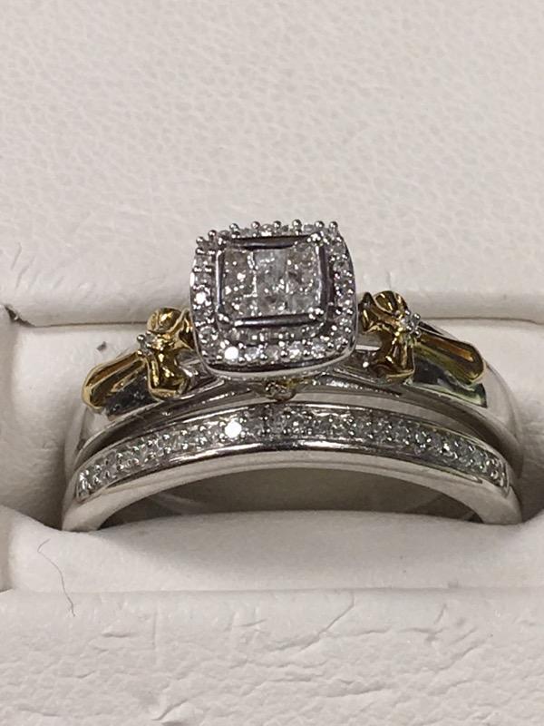 Lady's Silver-Diamond Ring 9 Diamonds .45 Carat T.W. 925 Silver 3.1dwt Size:6.75