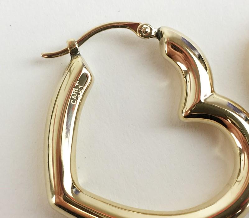 14K YELLOW GOLD HEART HOOP EARRINGS 2.11G