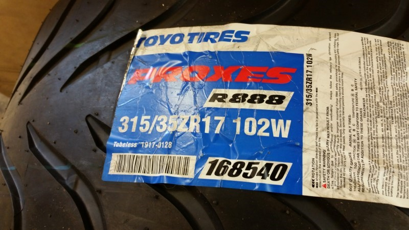 Toyo Proxes R888 315/35RZ17 102W Single Tire