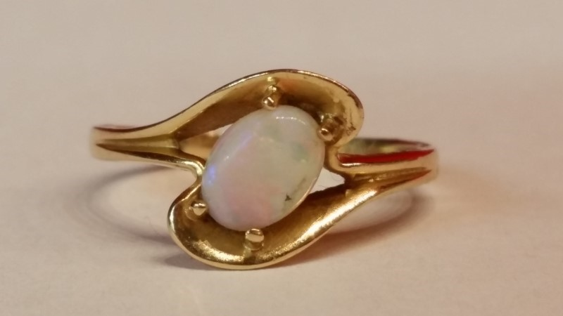 Synthetic Opal Lady's Stone Ring 14K Yellow Gold 2.1g Size:6.5