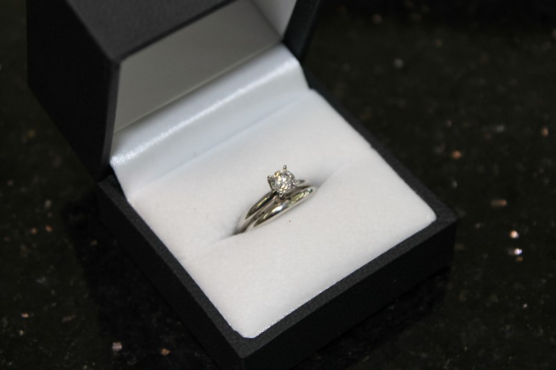 Round Brilliant Cut Diamond 14K White Gold Wedding Set WG