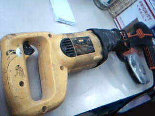 DEWALT Reciprocating Saw DW303
