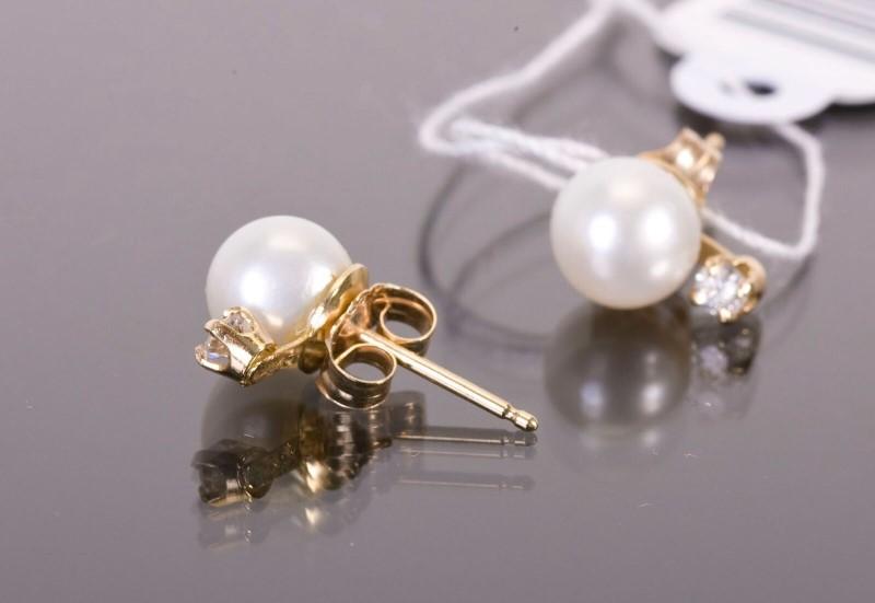 Pearl Gold-Diamond & Stone Earrings 2 Diamonds .04 Carat T.W. 14K Yellow Gold