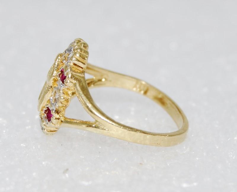14K Yellow Gold Split Shank Created Ruby Virgin Mother Praying Ring Size 3