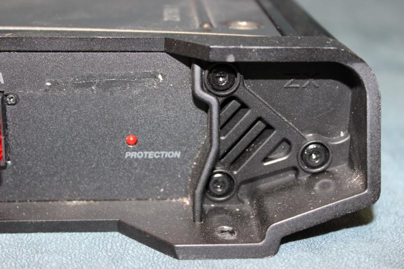 Kicker ZX750.1 Class D Mono Amplifier 750 Watts