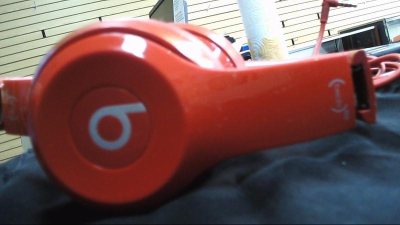 BEATS AUDIO Headphones SOLO 2 B0518 AS-IS SEE DESCRIPTION