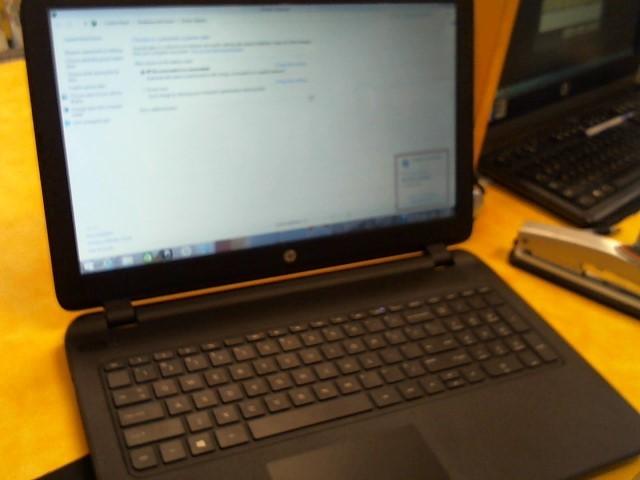 HEWLETT PACKARD Laptop/Netbook 15-1009WM
